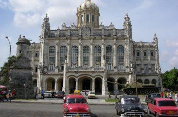 Pacote para Cuba é convite ao passado